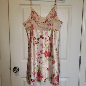 Women's Silky/ Flower/ Gown